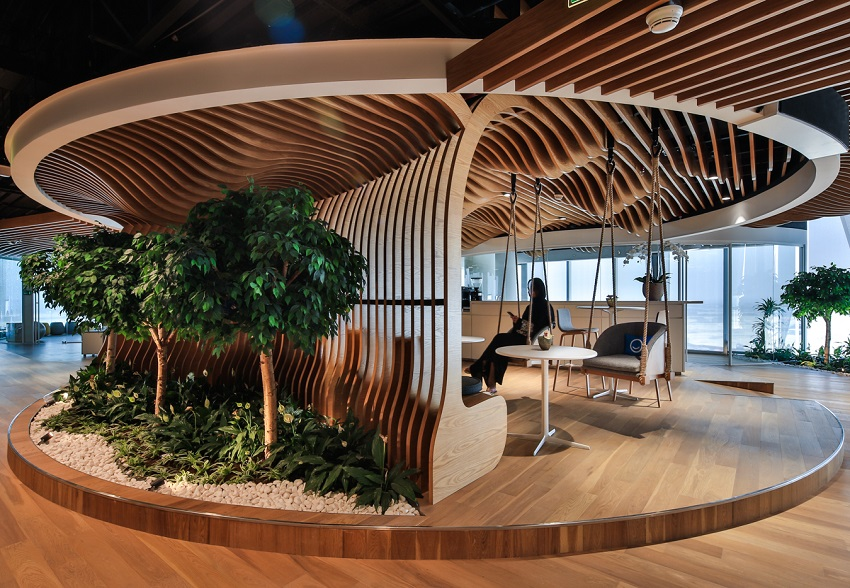 Smart Dubai Office - LEED Gold Certified Interior by Summertown